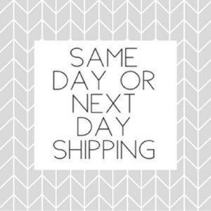 Handbags - FAST SHIPPER! I ship same day or next day!